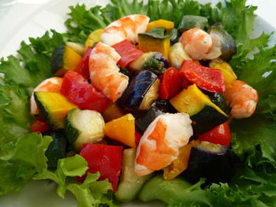 シーフードと彩り野菜のサラダ